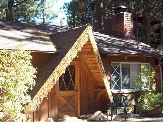 Big Bear Cool Cabins: 1 classic cabin