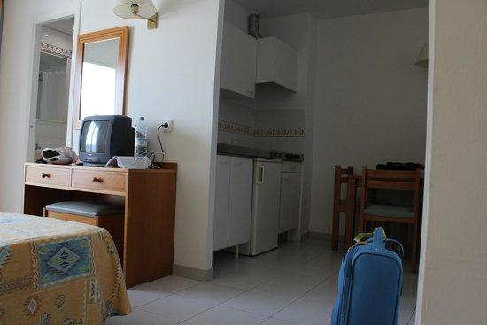 Gavimar Ariel Chico Club Resort: Cocina