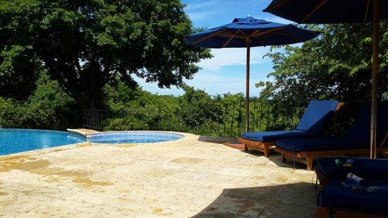Hotel Luna Azul : Pool area
