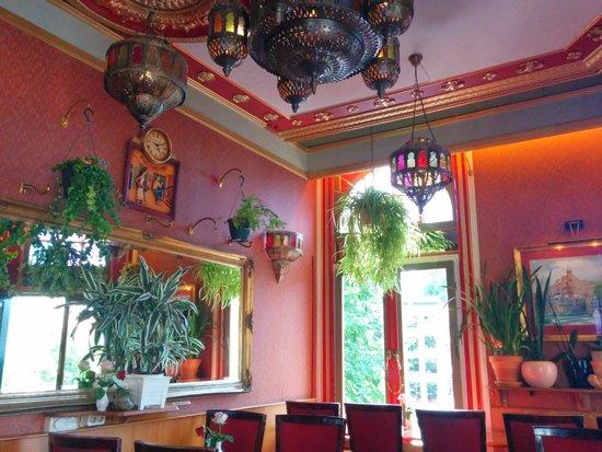 Hotel Nadia: The breakfast room