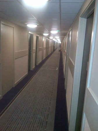 Premier Inn London Wandsworth Hotel: Corridor