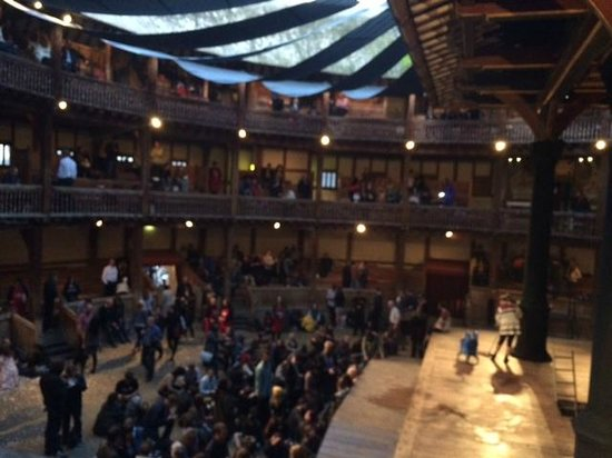 Shakespeare's Globe Theatre: before the show