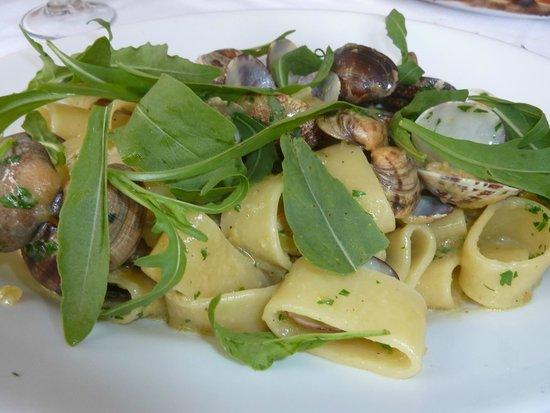 Ristorante Pizzeria Il Mulino: Pasta (forgot the type) and vongole -- buonissimo