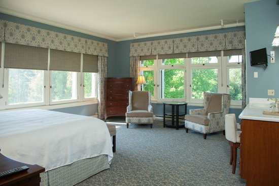 The Inn at Stonecliffe: Cudahy Room in the Mansion