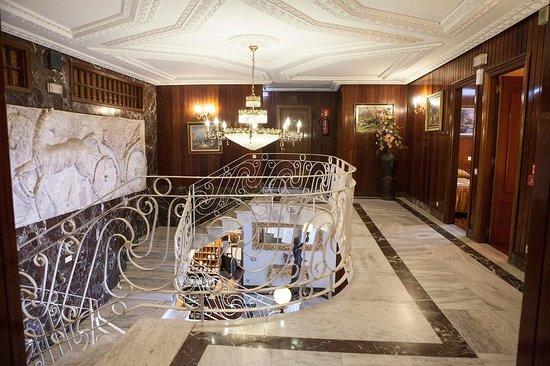 Hotel Antoyana: Interior