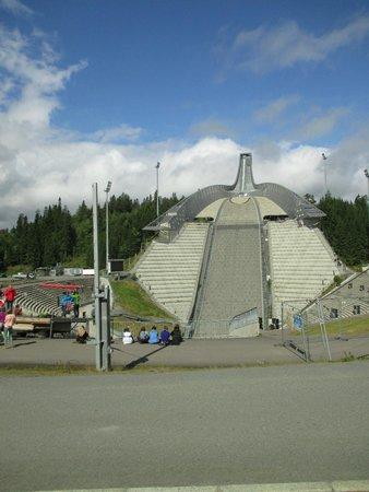 Musée du ski de Holmenkollbakken : vista dalla base del trampolino