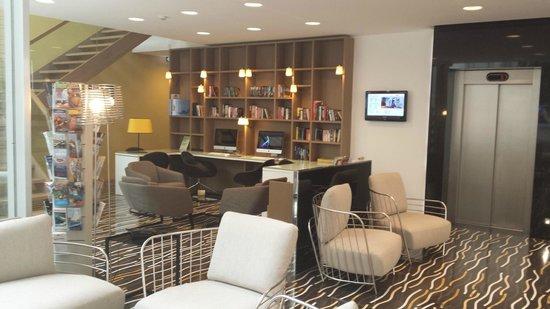 Hotel Valentina: Lobby