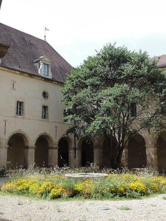 Musee de la Vie Bourguignonne