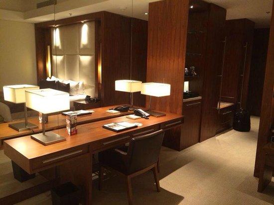 JW Marriott Marquis Hotel Dubai: Quarto 3