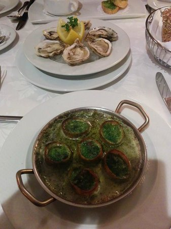 Le Crocodile: Escargot