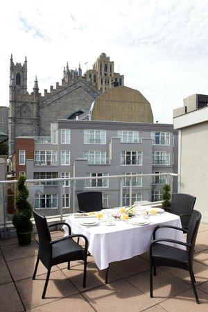 Le Saint-Sulpice: Rooftop terrace Executive -Signature Suite