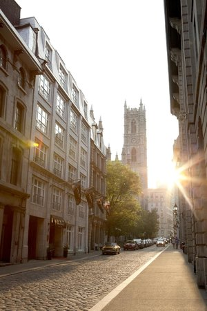 Le Saint-Sulpice: In the heart of Old Montreal