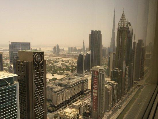 Millennium Plaza Hotel Dubai : Дневной вид