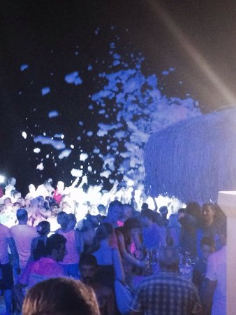 Eftalia Holiday Village: Foam party