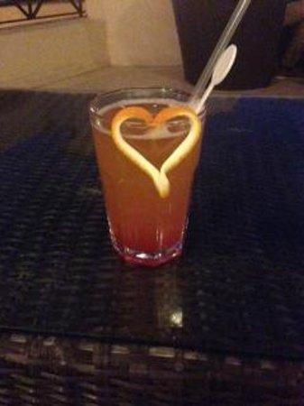 Cleopatra Luxury Resort Sharm El Sheikh: Cocktails!