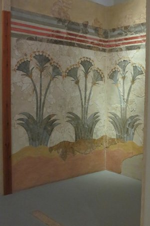 Museum of Prehistoric Thera : Wall painting of papyrus