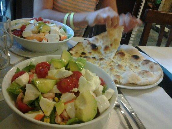 L'Insalata Ricca : insalata con pesce vario