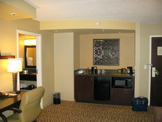 Courtyard by Marriott Lake Placid: wetbar
