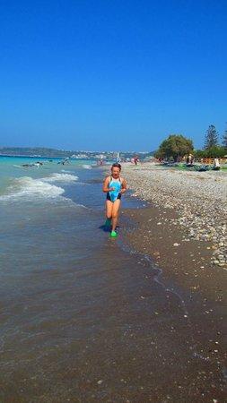 Blue Horizon Hotel: пляж