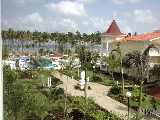 Grand Bahia Principe La Romana: Looking from balcony to beach