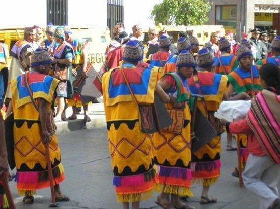 Machu Picchu: DESFILE