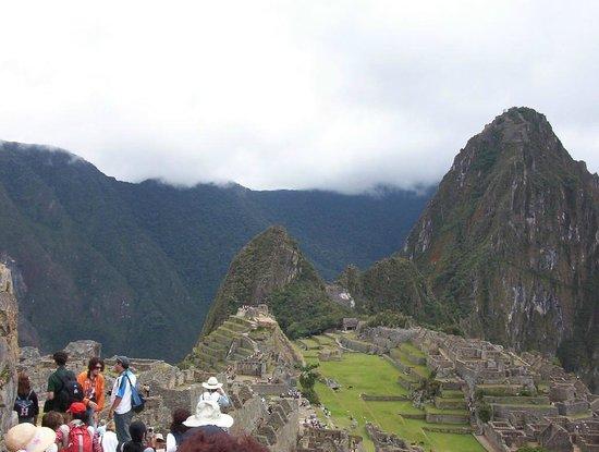Machu Picchu: MACHU PICHU