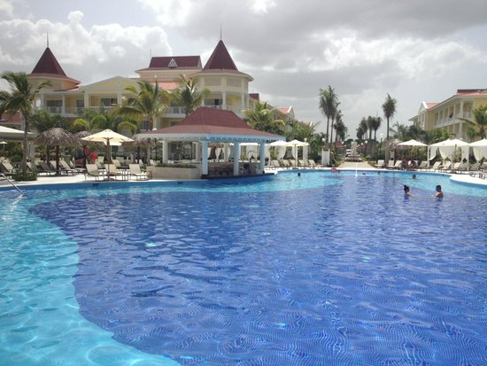 Grand Bahia Principe La Romana : Main pool, Bouganville