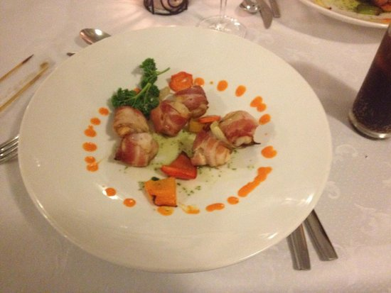 Grand Bahia Principe La Romana : Bacon wrapped shrimp at Steak House