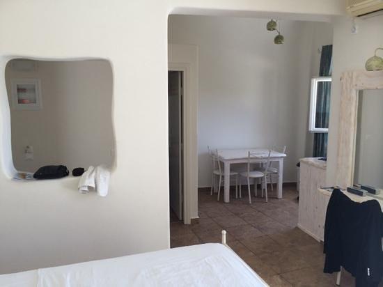 Villa Manos : chambre triple 3