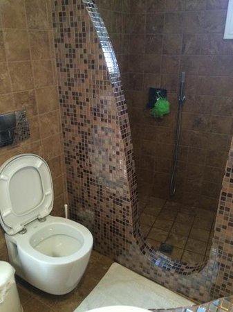 Villa Manos : salle d'eau 2