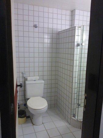 Hotel Praia Mar: Banheiro super limpo