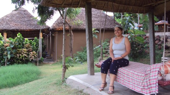 Shanthi Guesthouse: The Swing