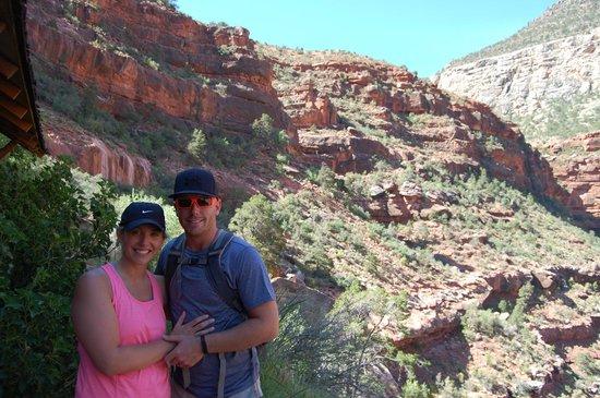 Four Season Guides - Day Hikes: Hiking down