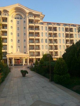 Didim Beach Resort & Spa : Entrance to main hotel
