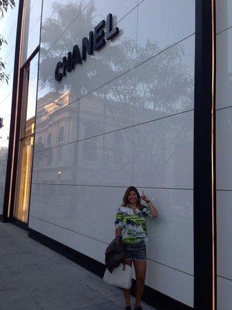 Crescent Hotel Beverly Hills: lojas da Rodeo Drive
