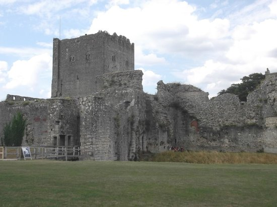 Portchester Castle: View of Porchester Castle Keep.