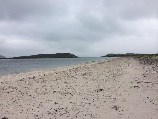 Skellig Hostel : The beach