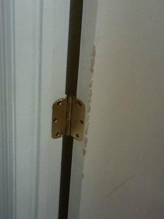 Days Inn Havelock: Bathroom door, room 68