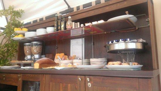 Magi House Relais: Rooftop breakfast