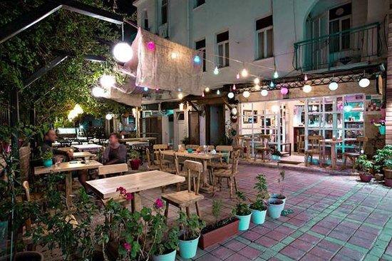 Cafe Avlu