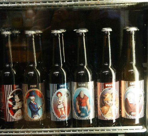 The Parker Pie Co. : A selection of beer in the cooler at the general store!