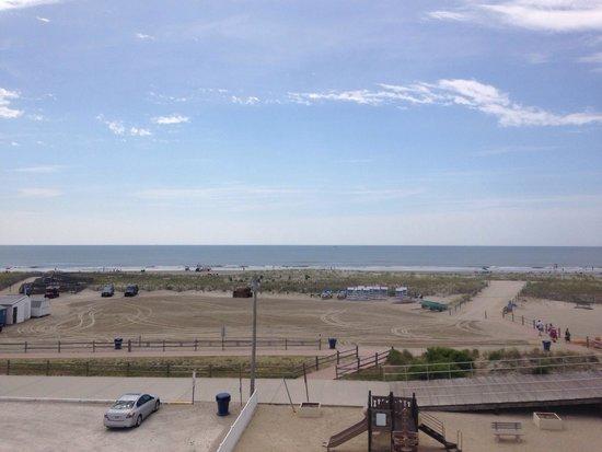 Matador Oceanfront Resort: View from the 4th floor sun deck of the Matador