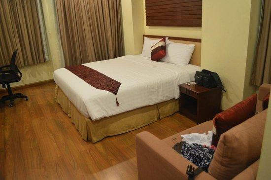 iCheck inn Soi 2: A Standard room