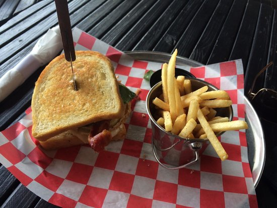 Whiskey Kitchen: Great sandwich!