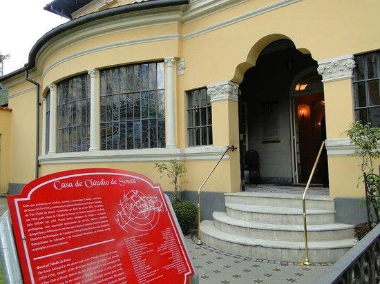 Casa Cláudio de Souza