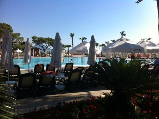 Nirvana Lagoon Villas Suites & Spa : Основной бассейн