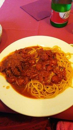 La Cantina dei Mille: イイダコとトマトのパスタ