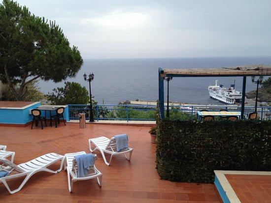 Sogni Nel Blu: Roof terrace view