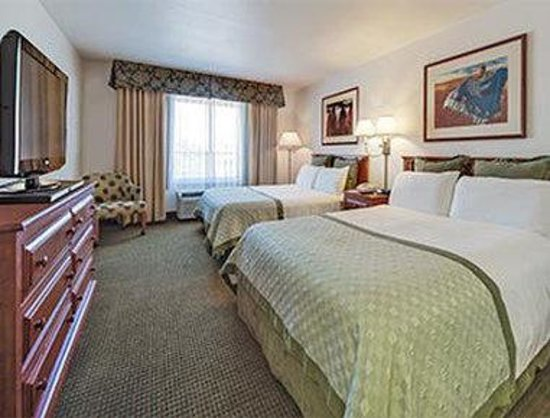 Hawthorn Suites by Wyndham Tempe/mesa/phoenix Area: Two Queen Bed Room