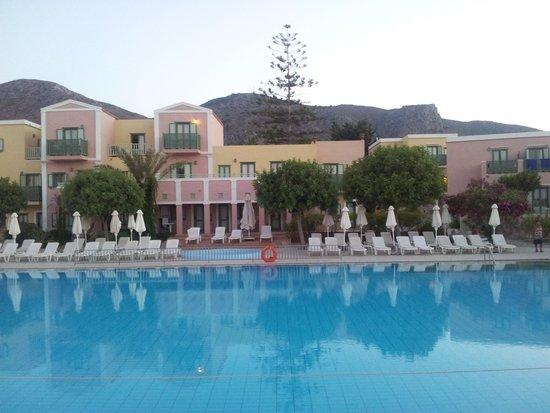 Silva Beach : The pool